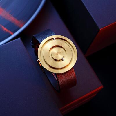 女友礼物:吉克隽逸联名款磁悬浮手表