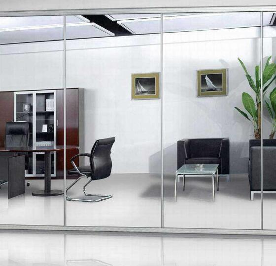 办公室玻璃隔断装修一般会采用什么颜色的铝合金