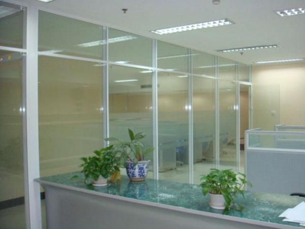 玻璃隔断效果图