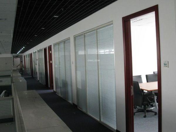 活动玻璃隔断墙