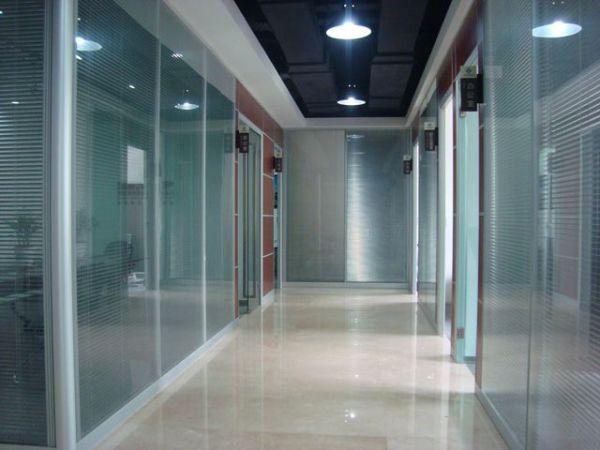 卫生间玻璃隔断图片