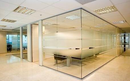 玻璃隔断高质量原因