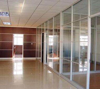北京玻璃隔断在办公室安装小细节