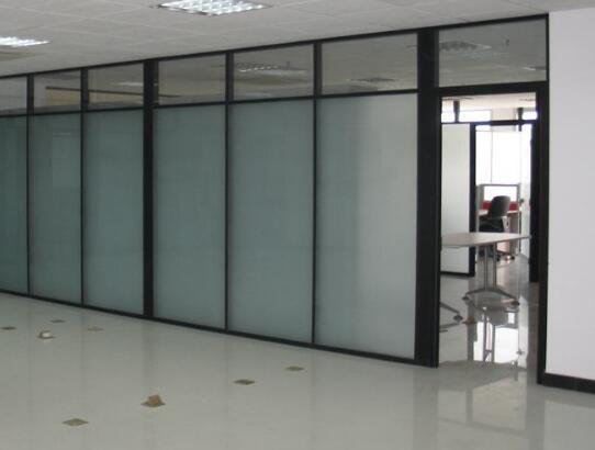 玻璃隔断墙安装保养知识