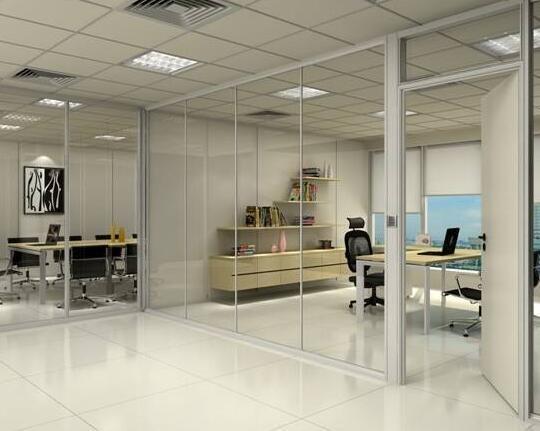 办公室玻璃隔断装修的好处