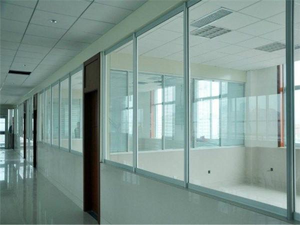 成都办公玻璃隔断