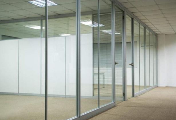 成都玻璃隔断公司
