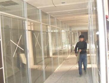北京玻璃隔断施工要点