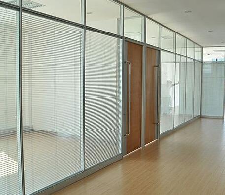 双玻百叶玻璃隔断的应用
