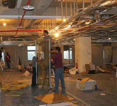 北京玻璃隔断施工