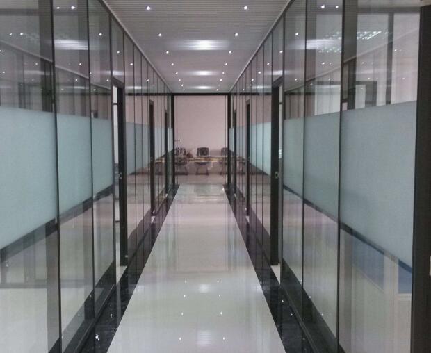 北京玻璃隔断厂家价格合理