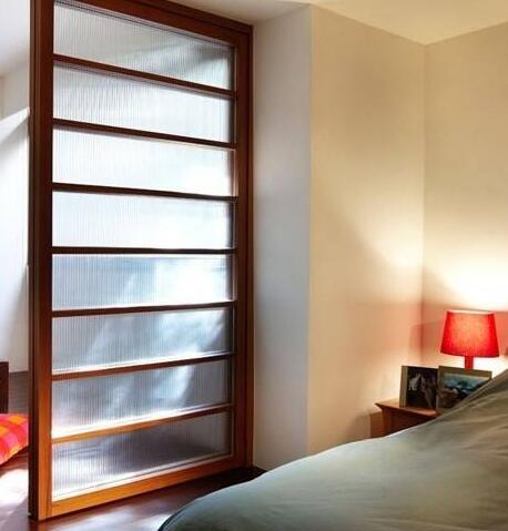 卧室玻璃隔断