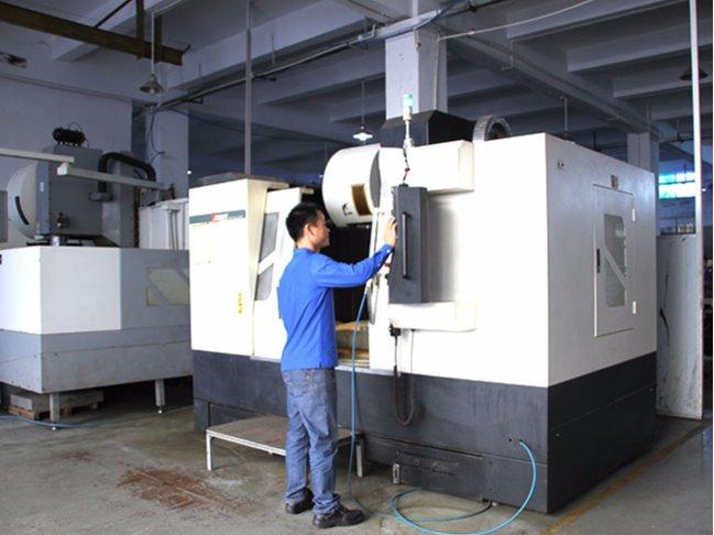 精密机械设备——CNC数控机床