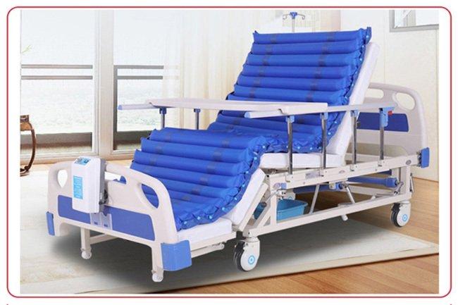 医用多功能电动护理床能解决病人洗头洗脚问题吗