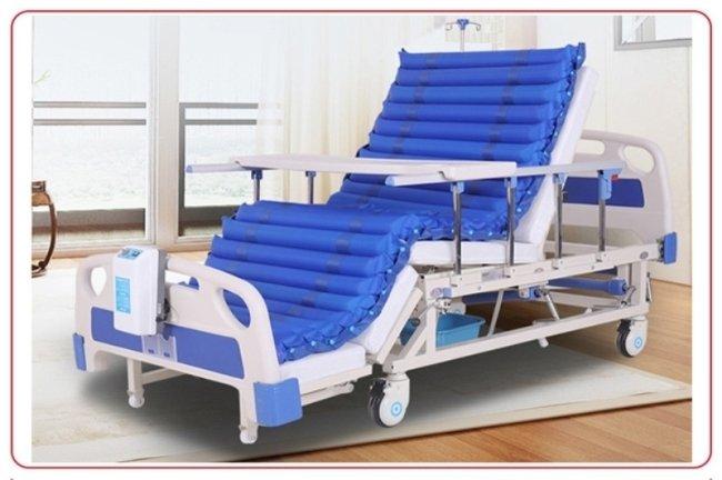 多功能电动护理床升降机构是怎么运作的