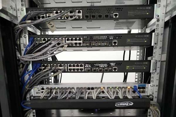 机房网络综合布线