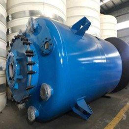 鋼襯聚乙烯儲罐機器設備的結構形式分成立柱式和立式二種