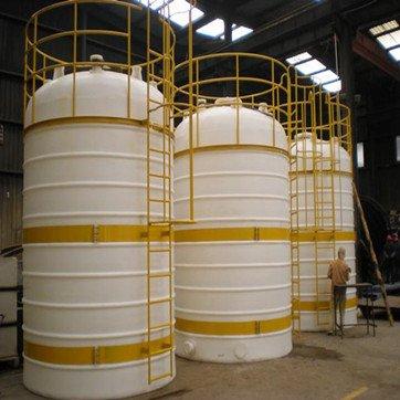 钢衬塑料罐的工作温度自动控制系统