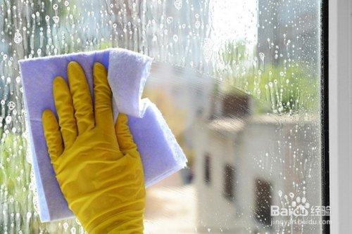 家政公司擦玻璃的方法