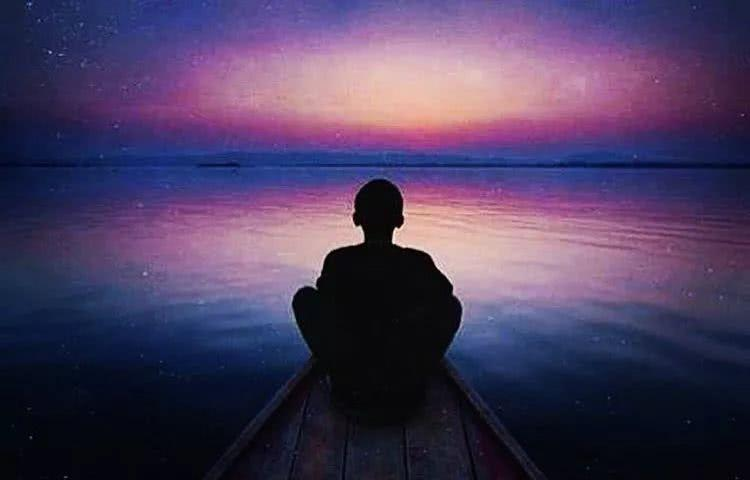 催眠的五大要素:专注、放松、深呼吸、想像、暗示