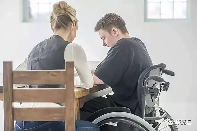 抑郁症患者的家庭护理包含哪些方面?