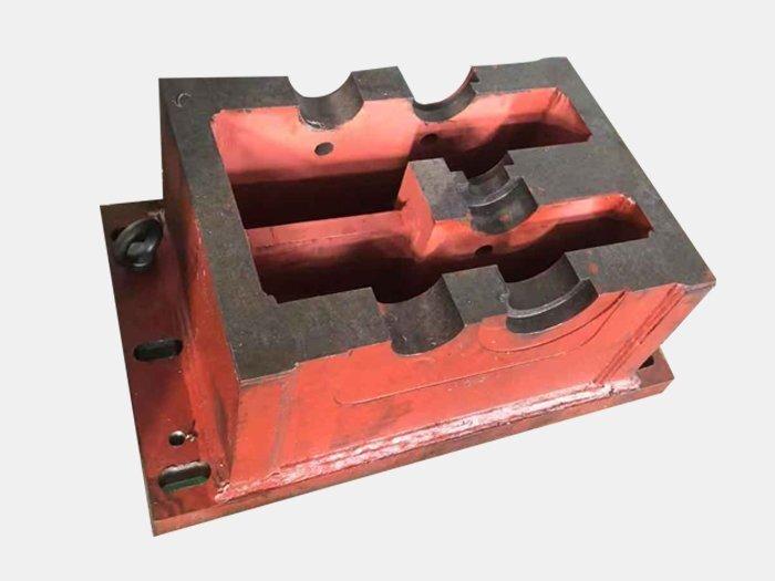 如何计算焊接底座的形变