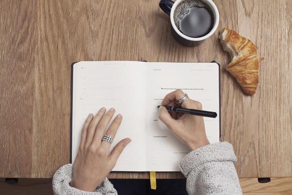 网络与新媒体时代专业文学读写及营销策划