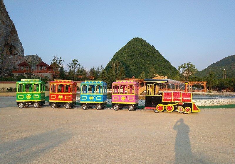 观光火车,无轨火车,游乐设备,游乐设备厂家