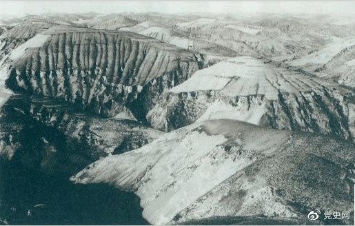 1947年4月14日,西北野战兵团取得了羊马河战役的胜利。图为羊马河战役战场。