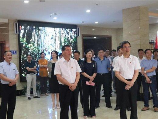 刘洪书记带领党政代表团对我校重点项目推进工作进行现场调研