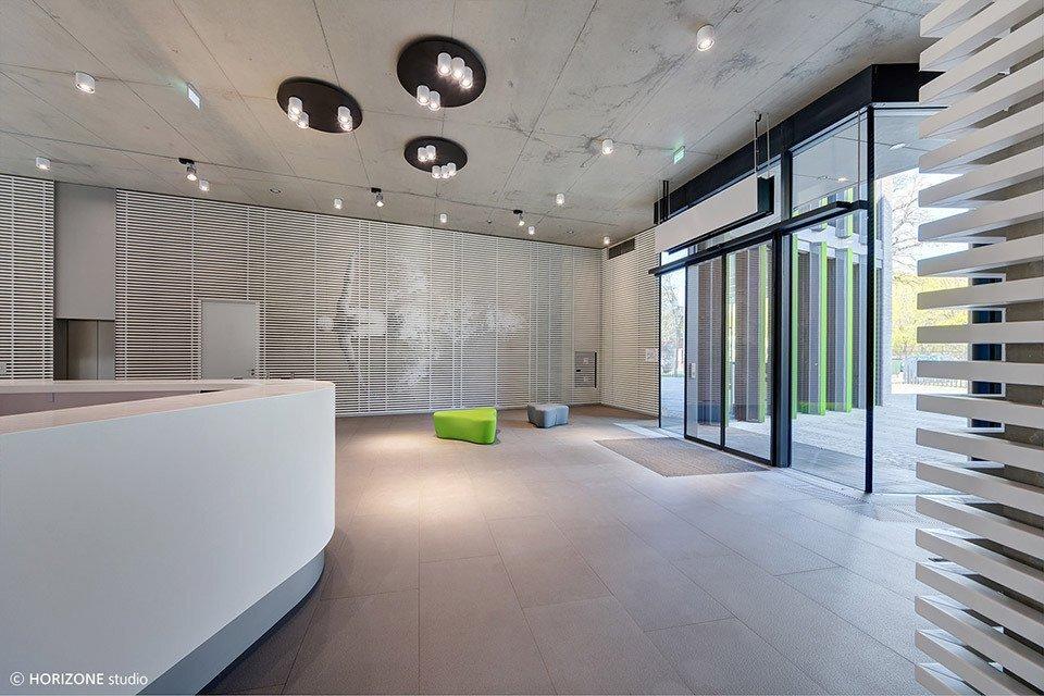 上海办公空间装修地板翻新需要符合哪些条件?