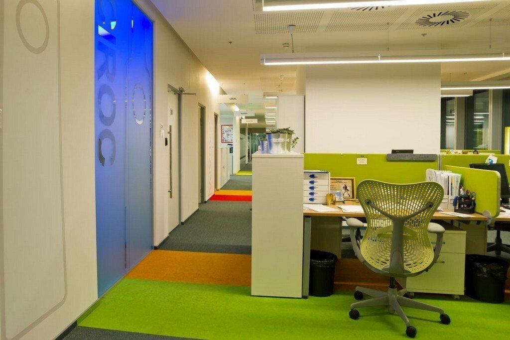 上海办公空间装修怎么分隔比较好