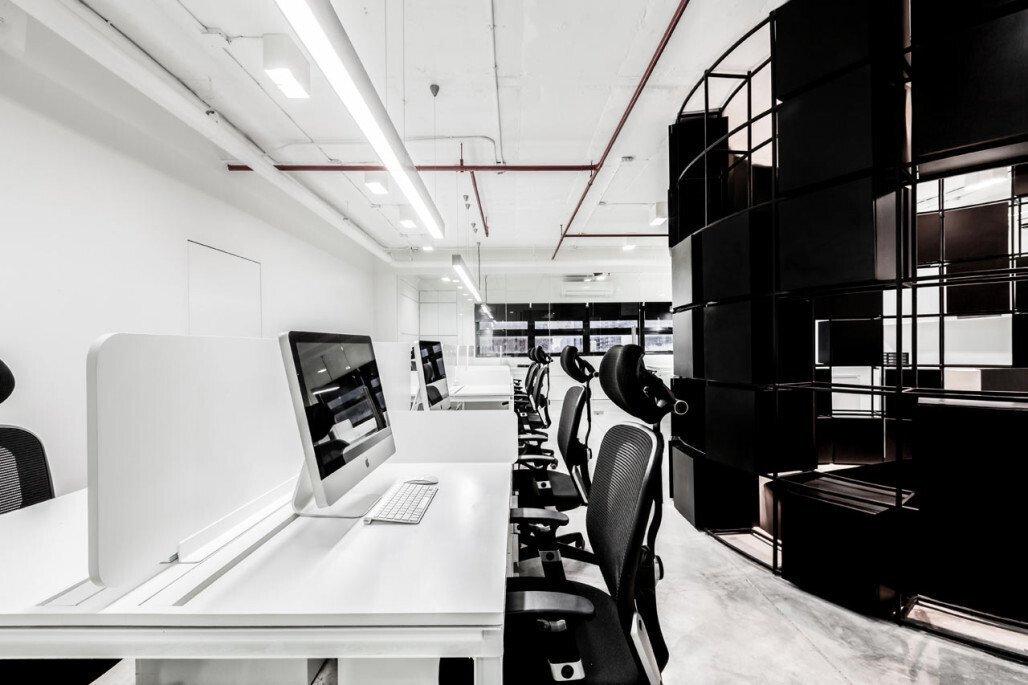 上海办公室装修之防静电地板的选购