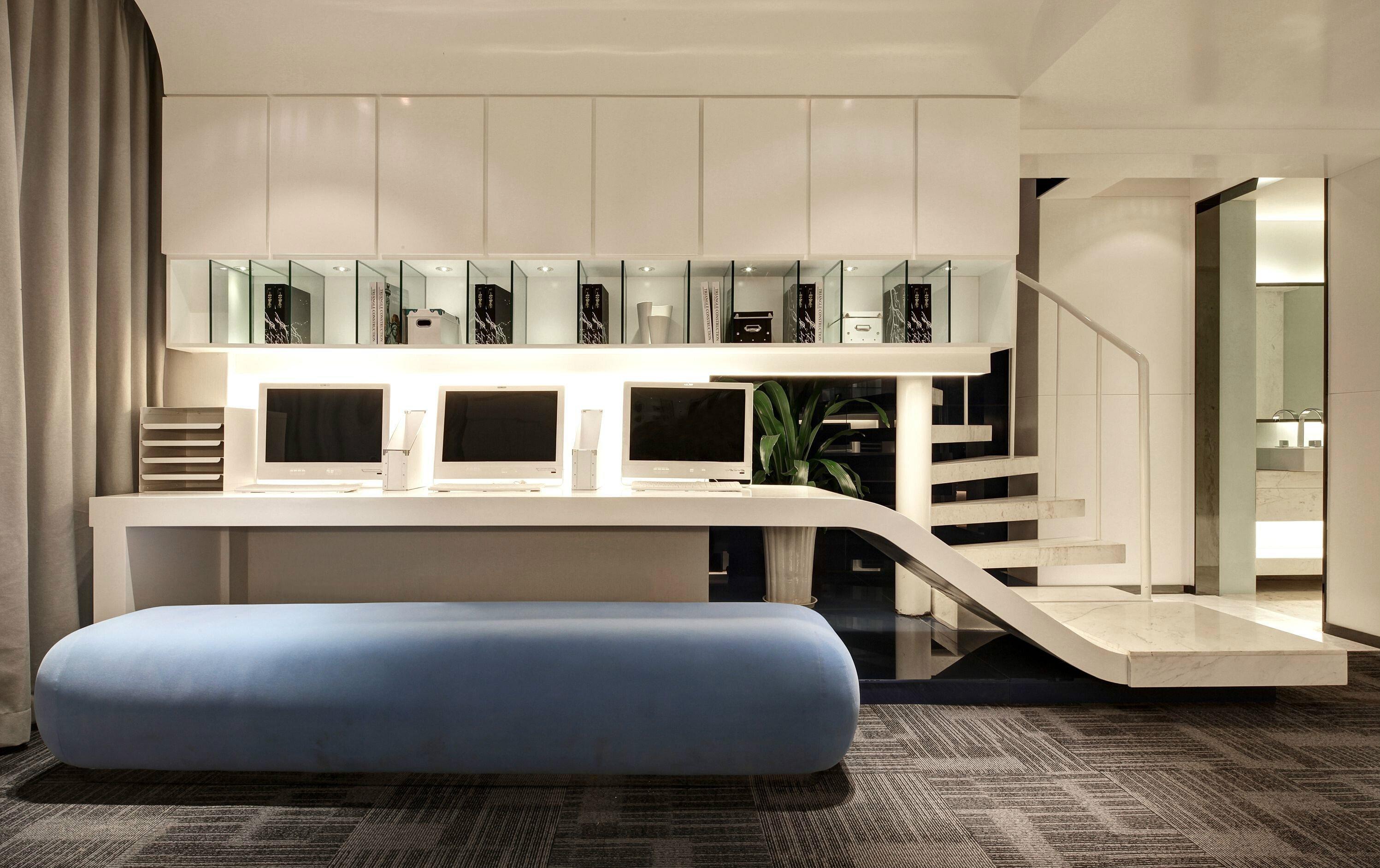 上海办公室装修如何认识板材的特点及选购
