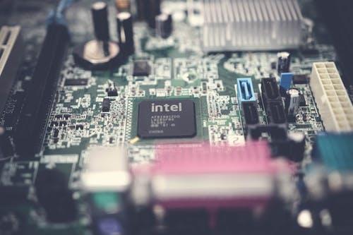 英特尔 CPU 缺货问题真的已经解决了吗?真的重回行业巅峰的吗?
