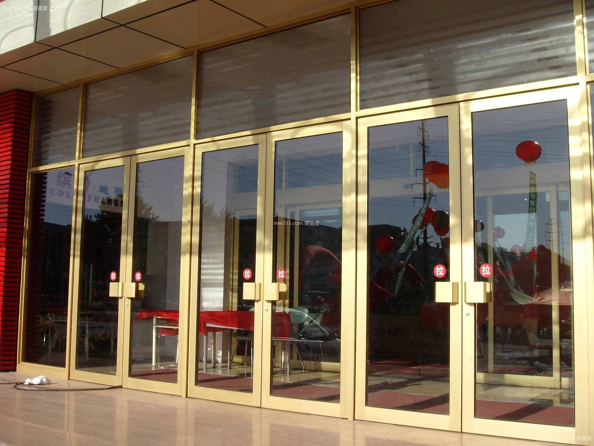 店面玻璃门图片,店面玻璃门案例