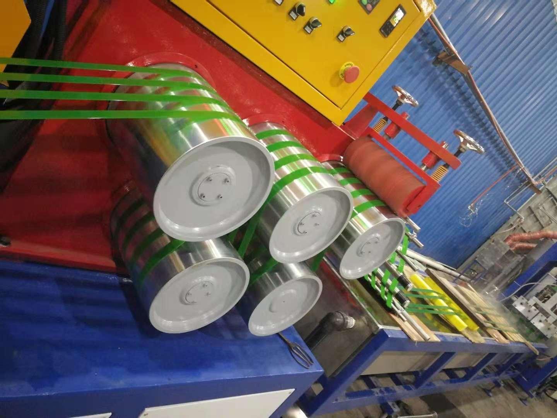 PET一出四塑钢带生产线已投产整整一年了!