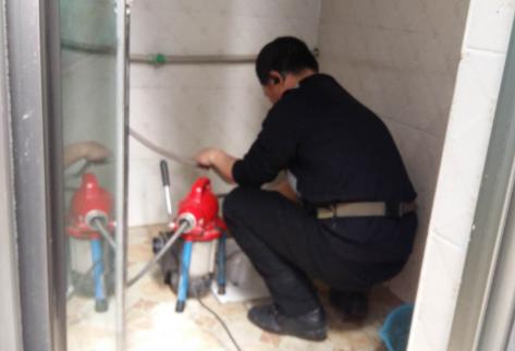 彭水管道疏通与管道清洗有何不同?