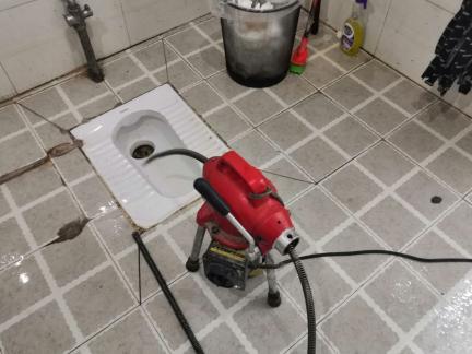 彭水下水道疏通器怎么用?