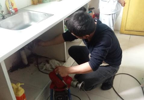 彭水厨房下水道疏通技巧