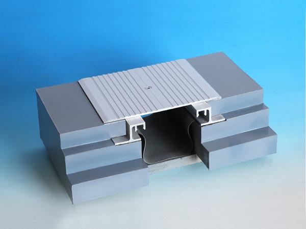 楼地面变形缝金属盖板型平面DG