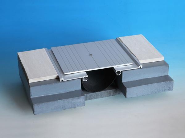 金属盖板承重型楼地面变形缝DGCA