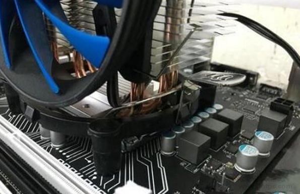 電腦的cpu風扇