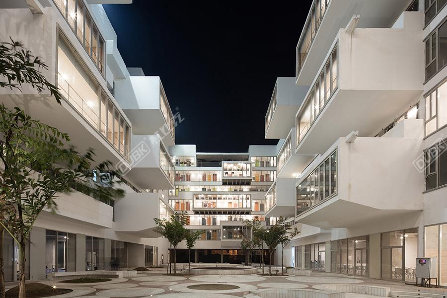 塔帕尔大学学生公寓楼