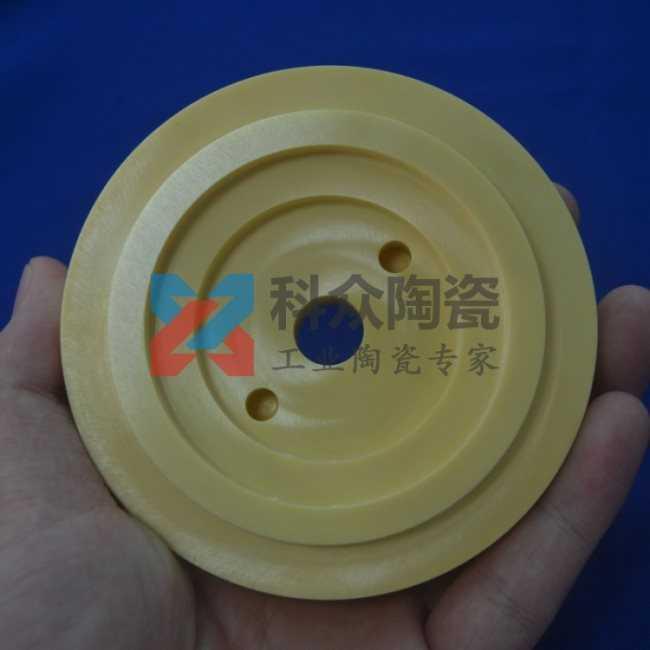 氧化铝陶瓷颜色黄色