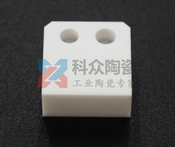 氧化铝电子工业陶瓷块加工