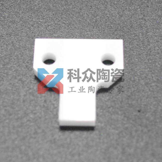 氧化锆工业陶瓷刮刀定制加工