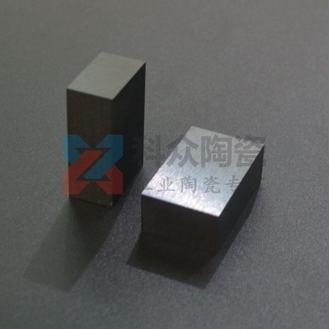 黑色氧化锆工业陶瓷块