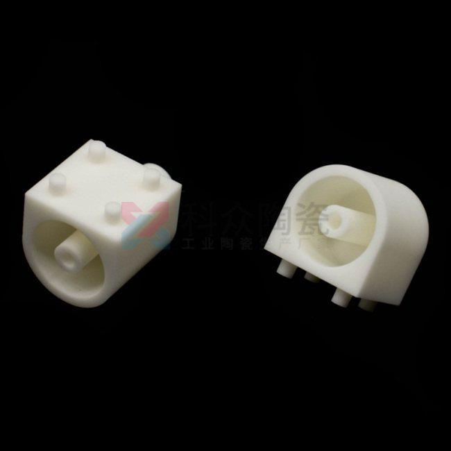 99氧化鋁工業陶瓷零部件
