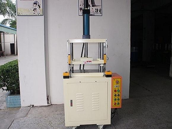液壓機充油閥